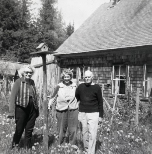 Myrtle, Dorothy, and Phil in front of the Tapley farmhouse.