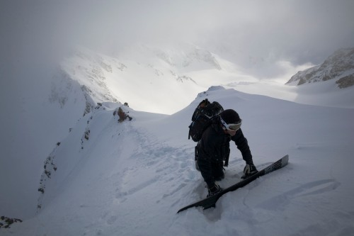 Filmer Garry Pendygrasse, hauling gear around the Tantalus Range. Dan Milner photo.