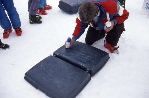suitcase_race035