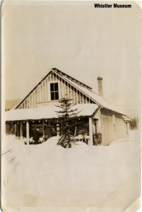 Post office with Christmas tree, ca. 1930. Philip Collection.