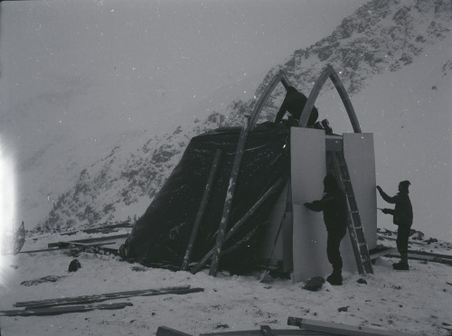 Building the Himmelsbach Hut, October 1967.