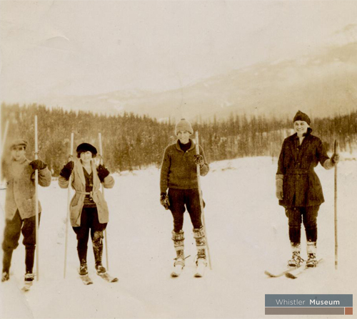 Though not competitive, cross country skiing was a popular winter sport at Rainbow Lodge.
